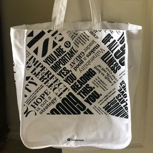 Limited edition lululemon cloth shopper